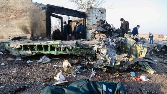mueren todos los pasajeros que viajaban en avion estrellado en teheran