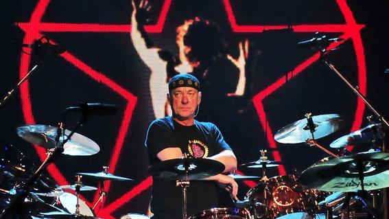 el musico neil peart baterista de la banda de rock progresivo rush murio a los 67 anos de edad