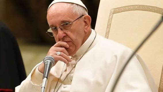 el sacerdote fernando martinez llevara una vida de oracion y penitencia alejado del ejercicio publico del sacerdocio