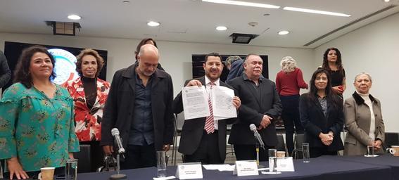 la reforma busca reconocer los derechos de actrices y actores de doblaje de voz que reforma las legislaciones de cultura entre otras