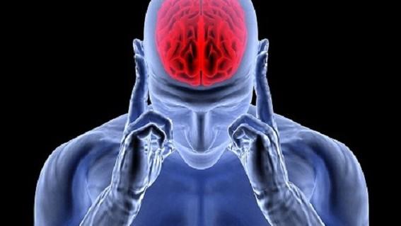 un estudio publicado en la revista scientific reports indica que el consumo diario de alcohol y tabaco podria estar asociado con una edad cerebra