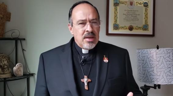 dice sacerdote de monterrey que movimiento feminista es una trampa de satanas
