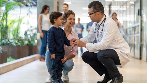 falta de medicamentos y dificultad para acceder a los servicios medicos son algunos de los retos principales de mexico en salud y bienestar de la