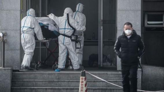 """el viernes la onu elevo a """"muy alto"""" el riesgo de propagacion del nuevo coronavirus tras los casos de brote que se han detectado en los ultimos"""