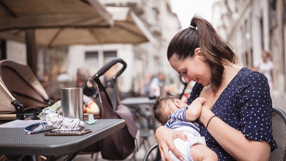 la leche materna es el mejor alimento por ello las autoridades implementan acciones para incentivar la lactancia