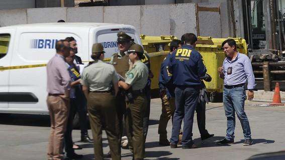 roban 15 millones de dolares aeropuerto santiago chile