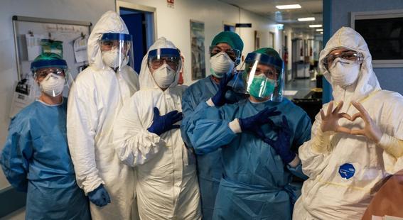 secretaria de salud anuncia que contratara medicos para luchar contra coronavirus