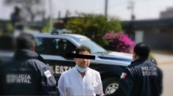 el exdiputado juan vera carrizal fue detenido por elementos de la policia estatal de oaxaca por su presunta participacion en el ataque con acido