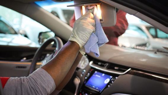 ¿como puedes mantenerte seguro contra el coronavirus si viajas en tu auto