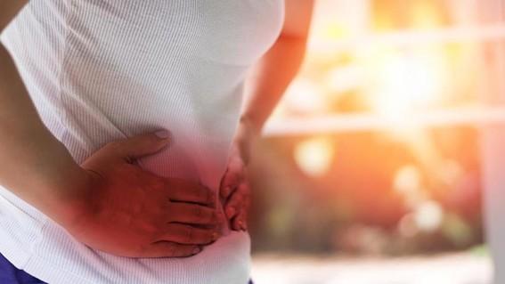 tambien conocida como enteritis regional ileitis granulomatosa e ileocolitis es una inflamacion cronica de la pared intestinal que puede afectar