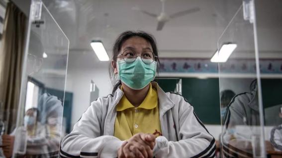 imagenes del regreso a clases en wuhan china