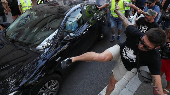provocan muerte cerebral a chofer tras golpearlo por negarse a llevar pasajeros sin cubrebocas