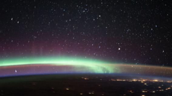 aurora boreal resplandor nocturno foto nasa