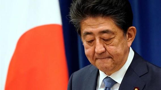 dimite shinzo abe primer ministro japon