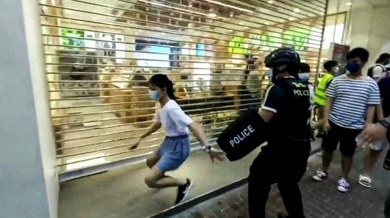 arrestan a nina protestas hong kong