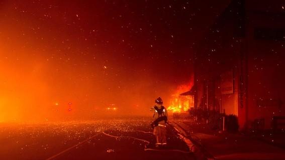 fiesta revelar genero bebe incendio california