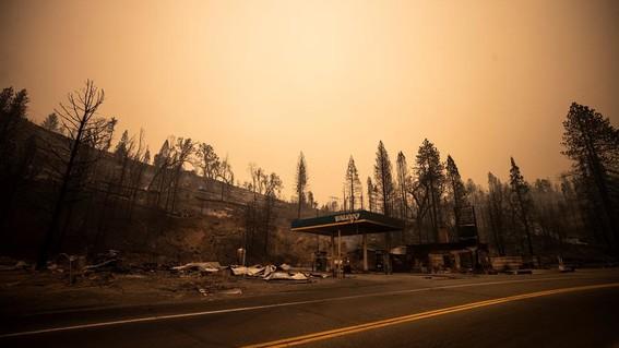 cielo naranja california incendios humo neblina