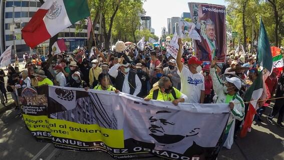 fotos la marcha del millon asi la manifestacion en apoyo a lopez obrador