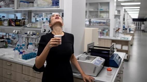 un estudio senala que enjuagues bucales y nasales pueden inactivar el covid19