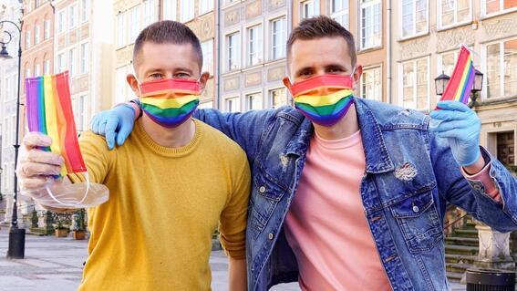 buscan prohibir adopciones a parejas del mismo sexo en hungria