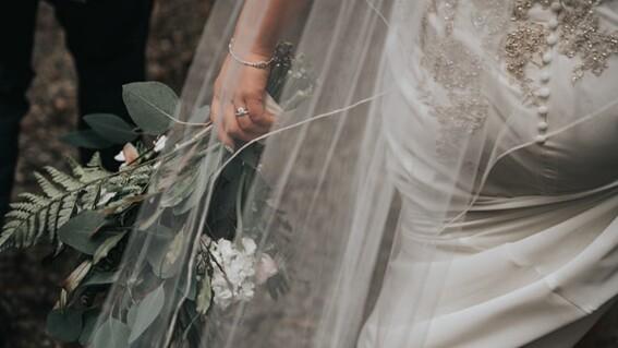 recien casados ofrecen disculpas porque boda provoco contagios covid