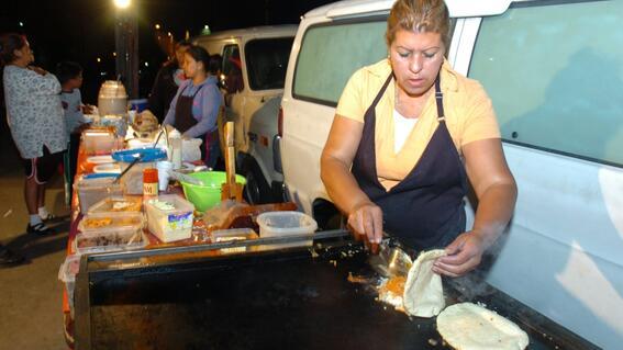 gobierno de la cdmx prohibe puestos de comida callejera en colonias de alto riesgo por covid19