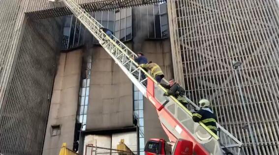 controlan incendio metro cdmx