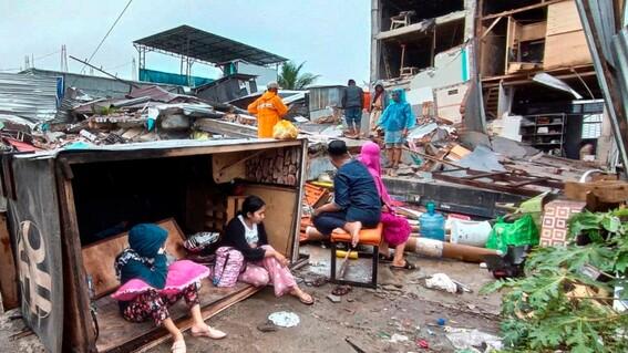 fuerte terremoto en indonesia deja 34 muertos y mas de 600 heridos