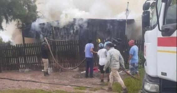 madre se va a trabajar deja encerrados a sus hijos y mueren en un incendio