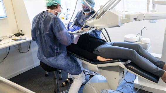 profesionales salud bucal exigen se les considere en vacunacion contra covid19