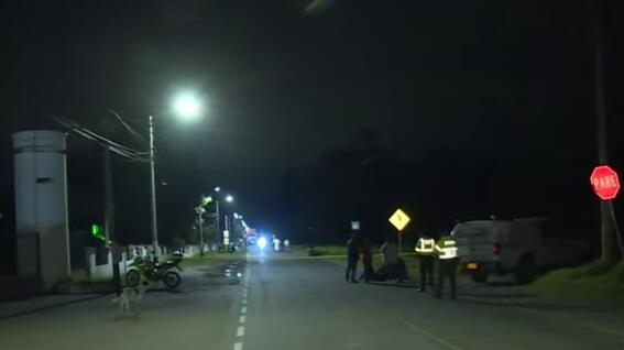 enfermero se detiene a ayudar accidentados y muere atropellado por un conductor ebrio