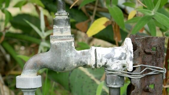 anuncian cortes al suministro de agua en municipios de nuevo leon