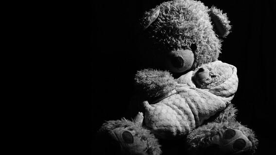 mujer es acusada de homicidio tras abandonar a su hijo recien nacido