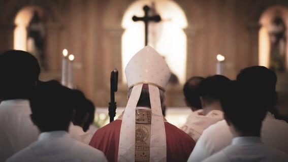 vinculan a proceso sacerdote por abusar nina y mujer hidalgo