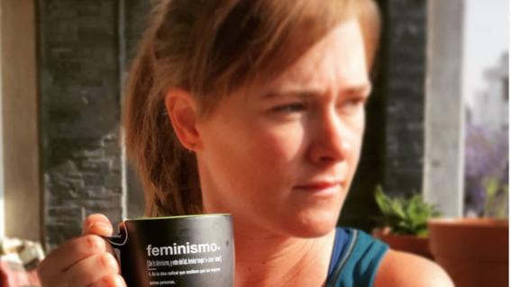 marion reimers exhibe a columnista que la llamo feminazi