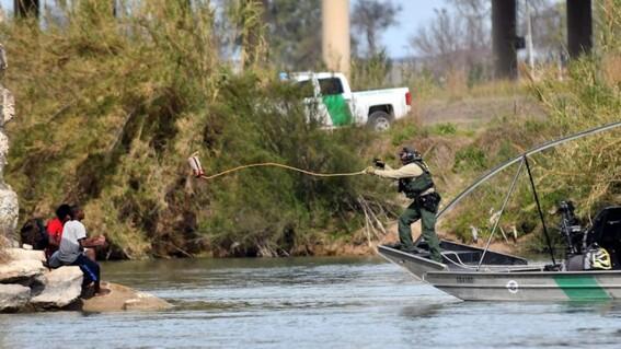 nino migrante mexicano muere al cruzar el rio grande; queria llegar a estados unidos