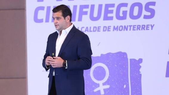 pulsera rosa la tecnologia que combatira a la violencia de genero