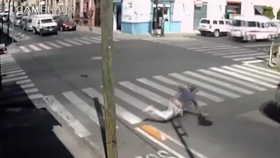 videos viralizan ciclovia maldita en puebla todos se caen