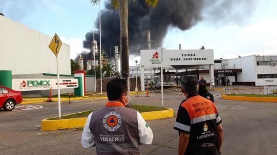 video reportan incendio en la refineria de minatitlan veracruz