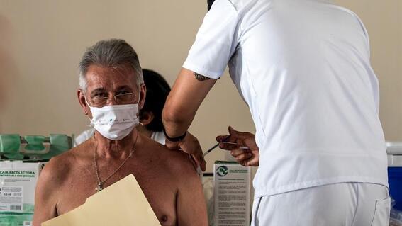 aplican 10 millones de dosis de vacunas contra covid19