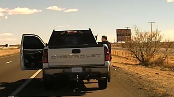 video captan a un traficante de drogas que mata a tiros a un policia durante un control de trafico