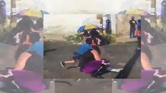 luchador nino agresion piso