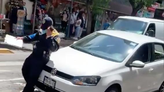 automovilista atropella policia colonia centro cdmx