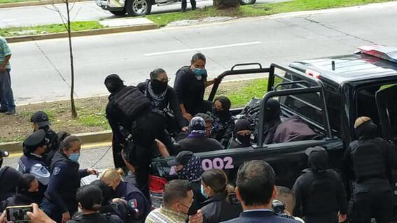 mujeres detenidas camila