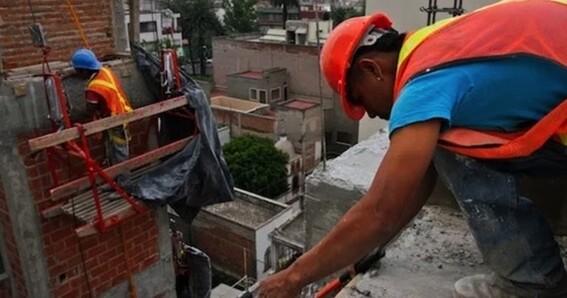 unam curso linea albaniles trabajadores construccion