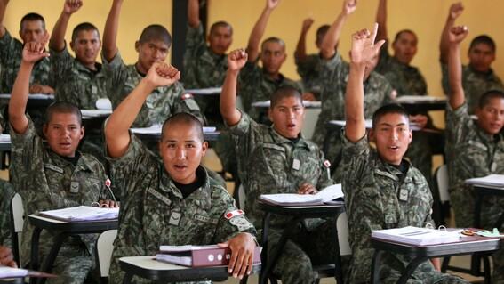 servicio militar peru jovenes inseguridad ninis