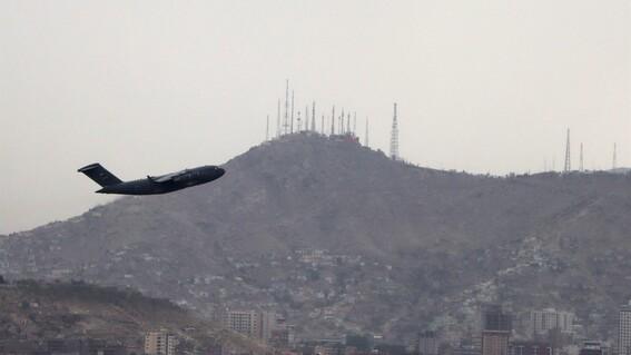 estados unidos sale afganistan